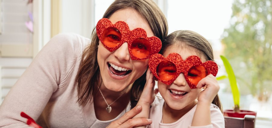 Valentine's Day, Friendship Day! Family Reflection Video