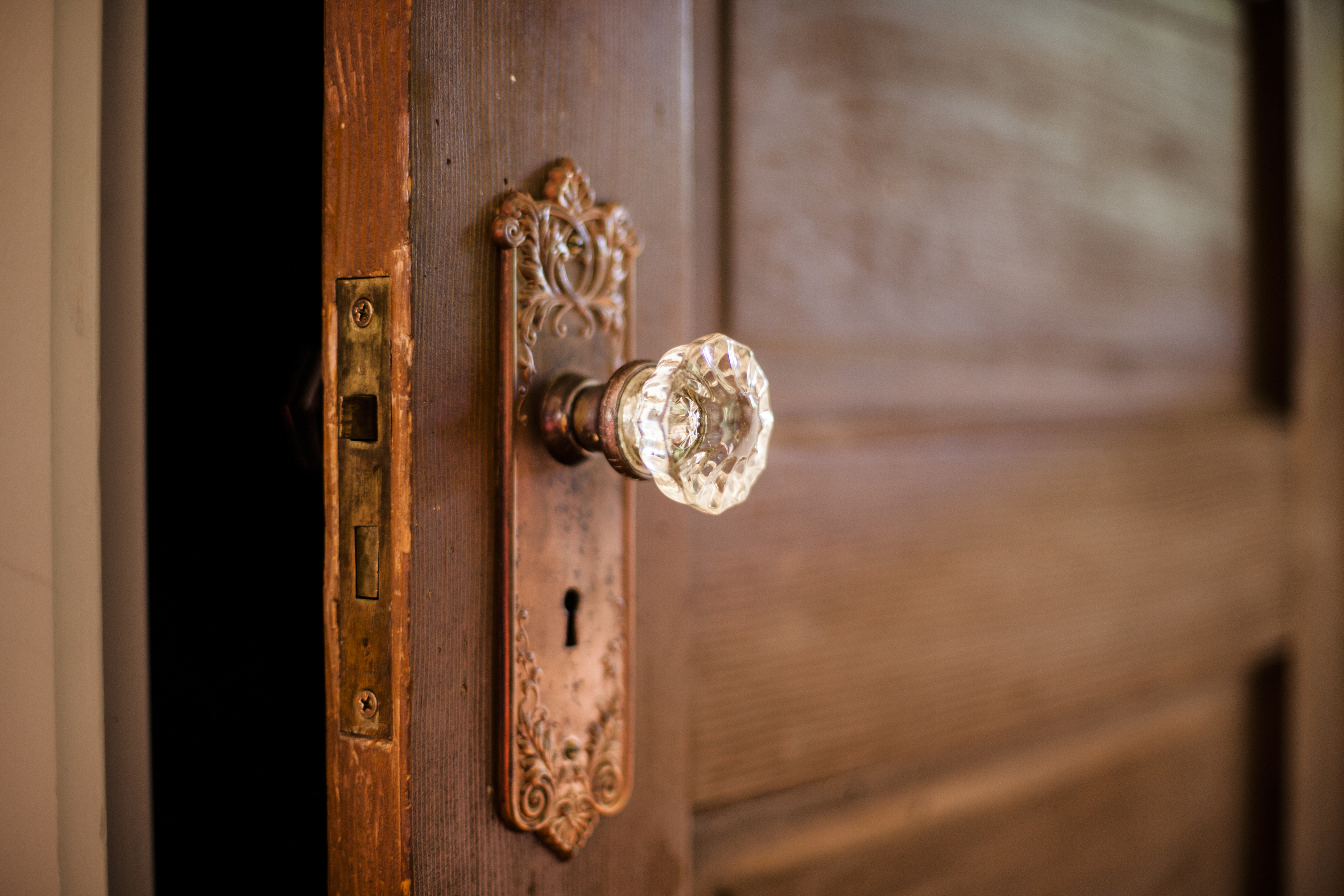 """""""Look, I am standing at the door, knocking!"""": Family Reflection Video"""